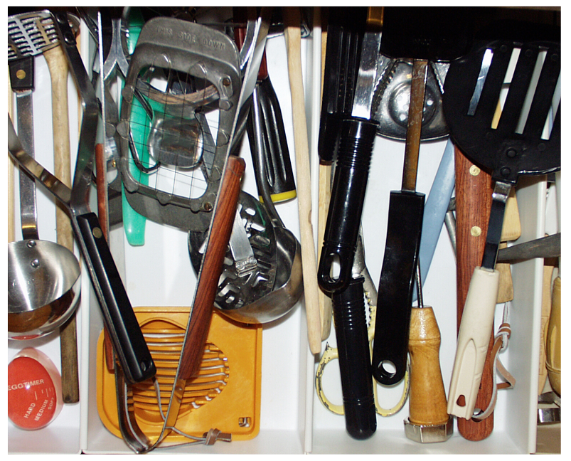 How to Declutter your home getting rid of household items